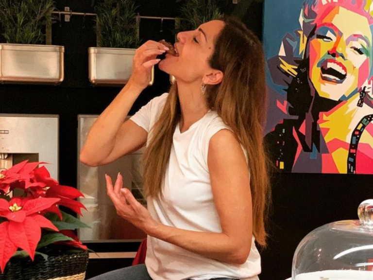 Δέσποινα Βανδή: Ο γιος της την ξεπέρασε στη μαγειρική – Δε φαντάζεστε τι έφτιαξε