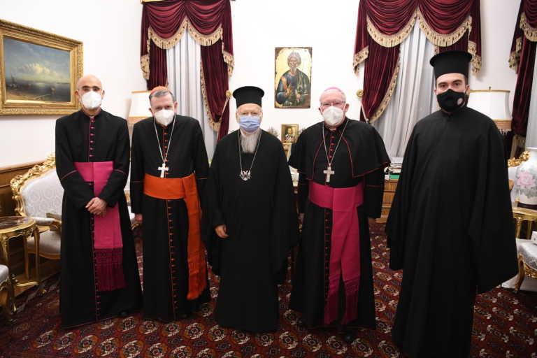 O Οικουμενικός Πατριάρχης Βαρθολομαίος συναντήθηκε με τον υπουργό Δικαιοσύνης της Τουρκίας και τον εκπρόσωπο της Τουρκικής Προεδρίας