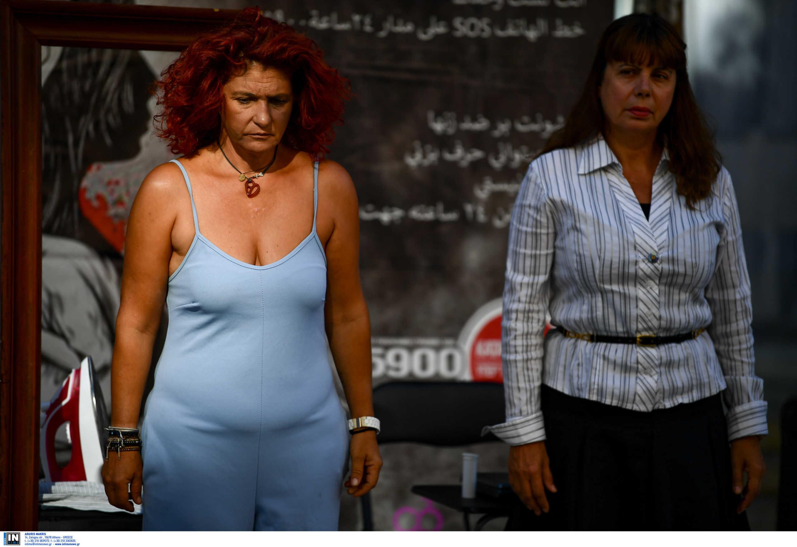 Δεν έμειναν όλες οι Ελληνίδες «ασφαλείς» στο σπίτι – Αυξήθηκαν οι κλήσεις για «βοήθεια» από κακοποιημένες γυναίκες