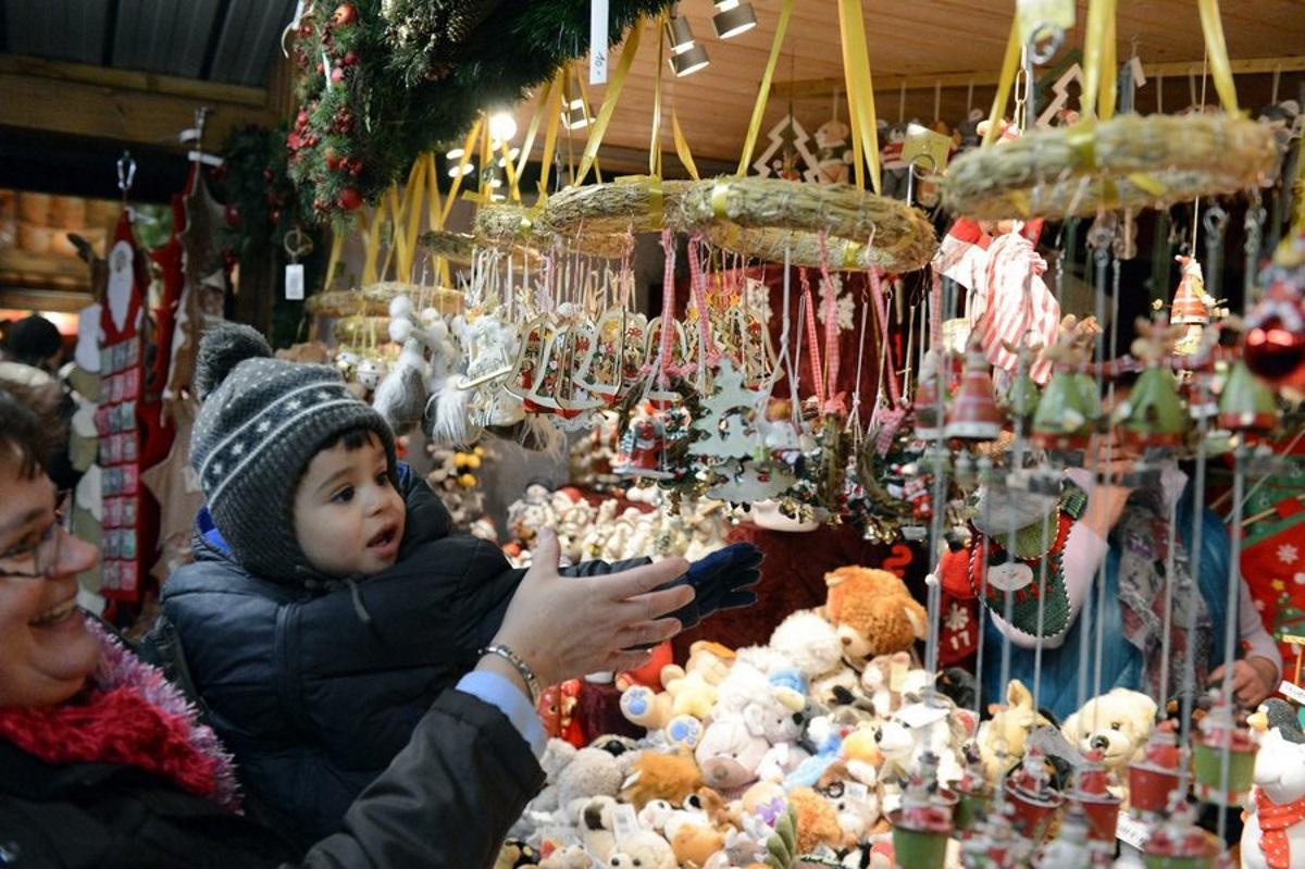 Η πανδημία κρατάει κλειστές τις διεθνώς φημισμένες Χριστουγεννιάτικες Αγορές της Βιέννης