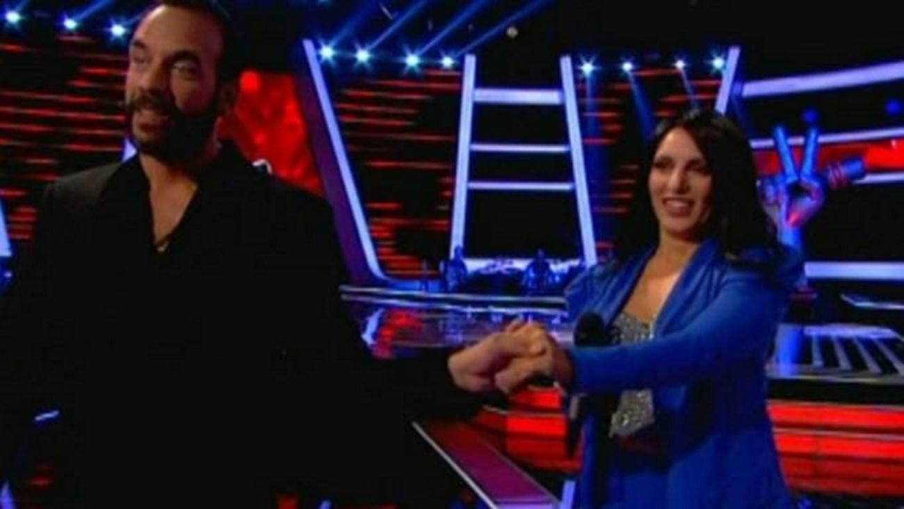 The Voice: Φλέρταραν με τον Μουζουράκη αλλά την έχασε μέσα από τα χέρια του