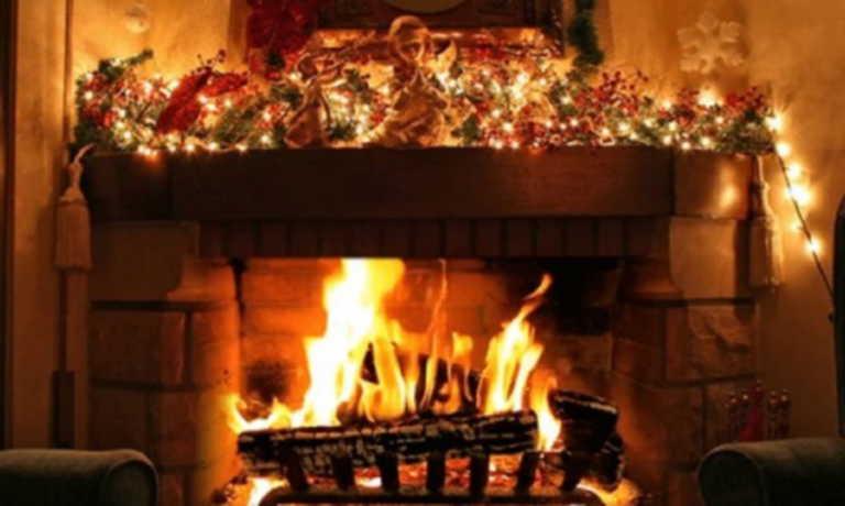 Τι στολίζαμε πριν το χριστουγεννιάτικο δέντρο;
