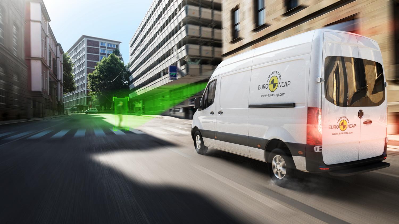 Euro NCAP: Ανεπαρκή σε εξοπλισμό ασφαλείας πολλά επαγγελματικά βαν [vids]
