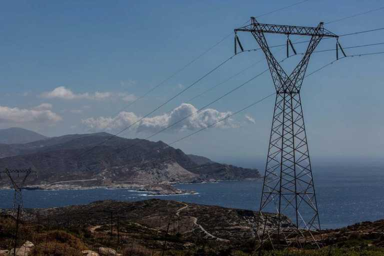 ΑΔΜΗΕ: Μπαταρίες στις Κυκλάδες και τη Στερεά –  Νέες διασυνδέσεις με Αλβανία, Ιταλία και Βουλγαρία