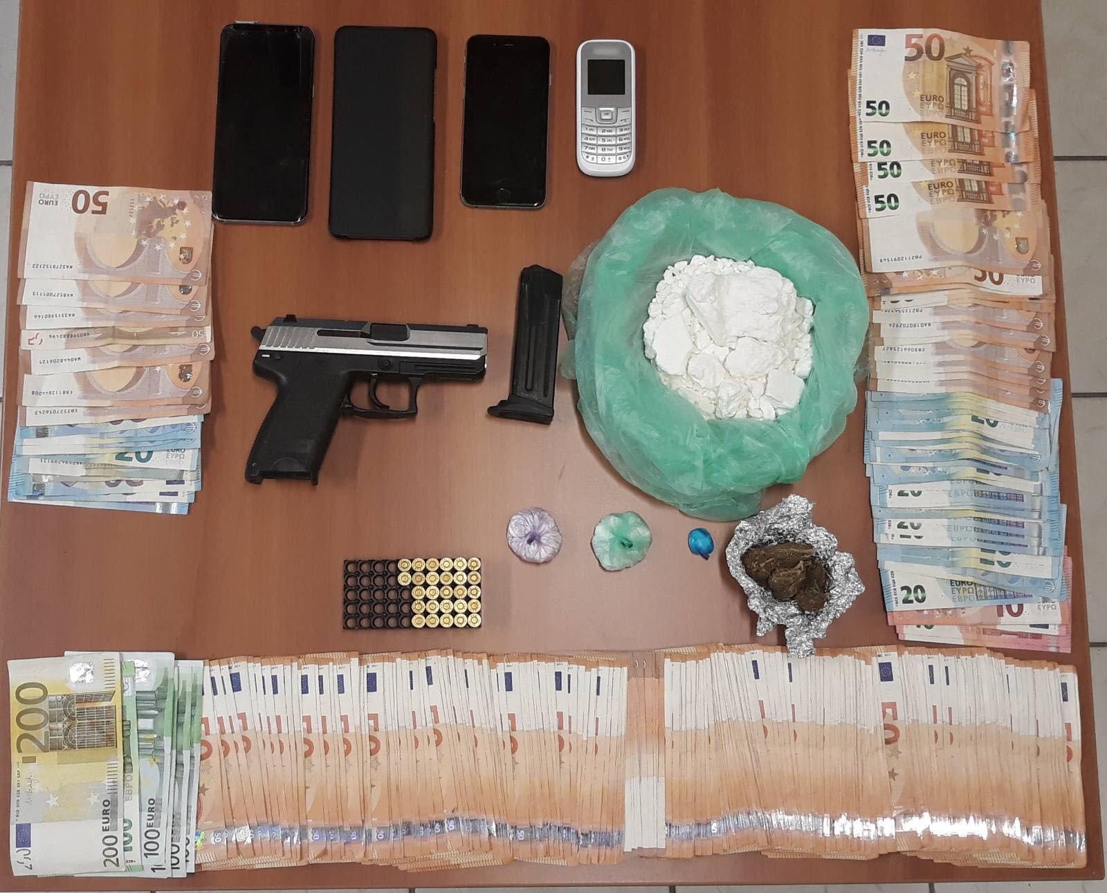 Το πιστόλι αστυνομικού βρέθηκε σε διακινητές ναρκωτικών στην Ημαθία – Ο ένας διώκεται από την Interpol