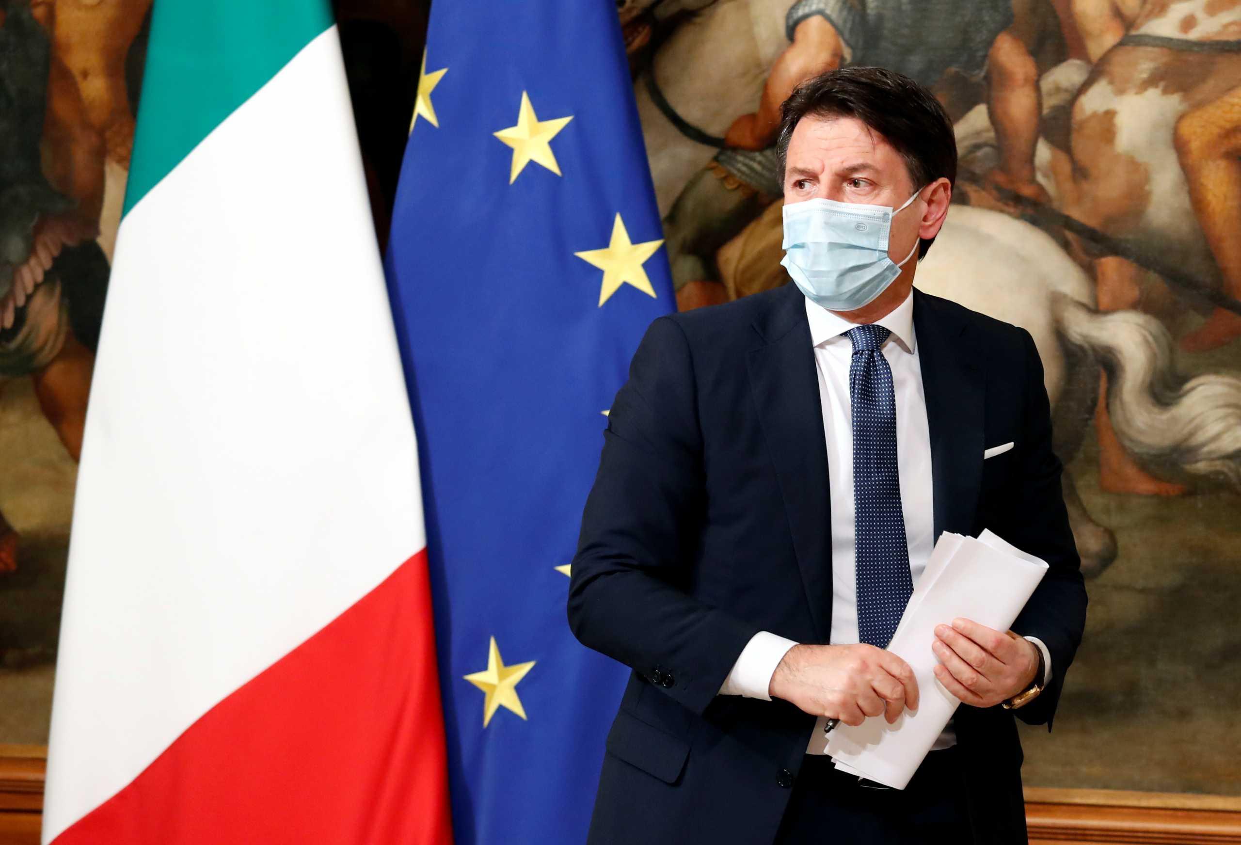 Ιταλός πρωθυπουργός: «Θα είναι διαφορετικά Χριστούγεννα, αλλά όχι λιγότερο αυθεντικά»
