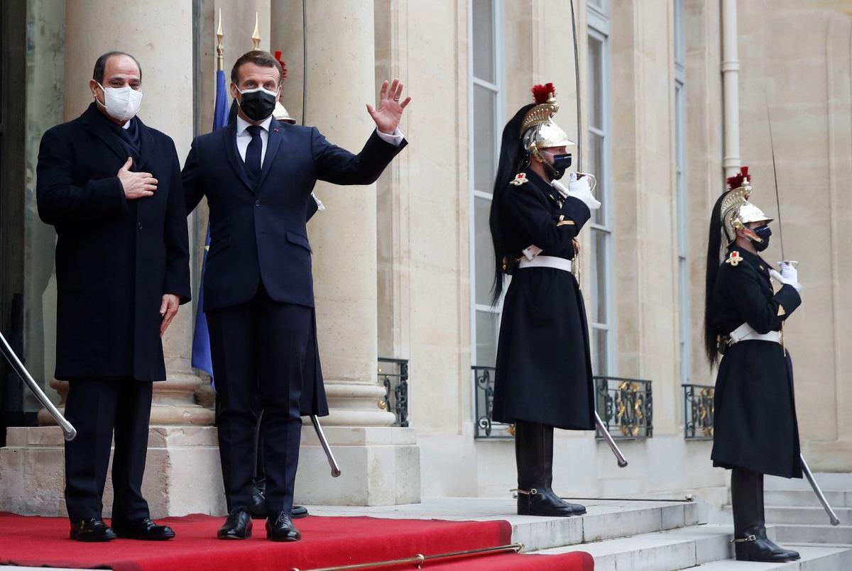 """Στη """"σκιά"""" της αντιγαλλικής υστερίας από μουσουλμανικά κράτη η συνάντηση Σίσι – Μακρόν στο Παρίσι"""