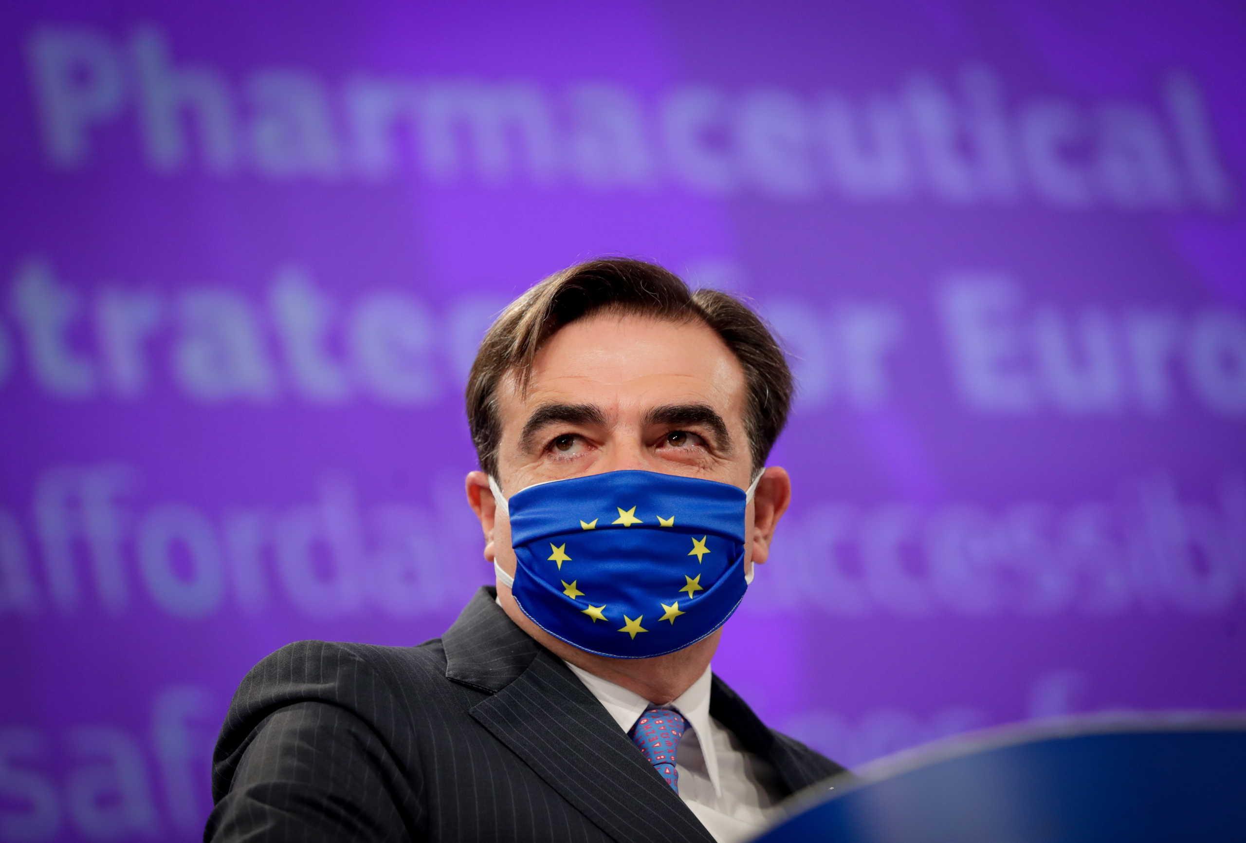 Κομισιόν – Σχοινάς: Καλωσορίζουμε την πρόταση Μητσοτάκη για «πιστοποιητικό εμβολιασμού»