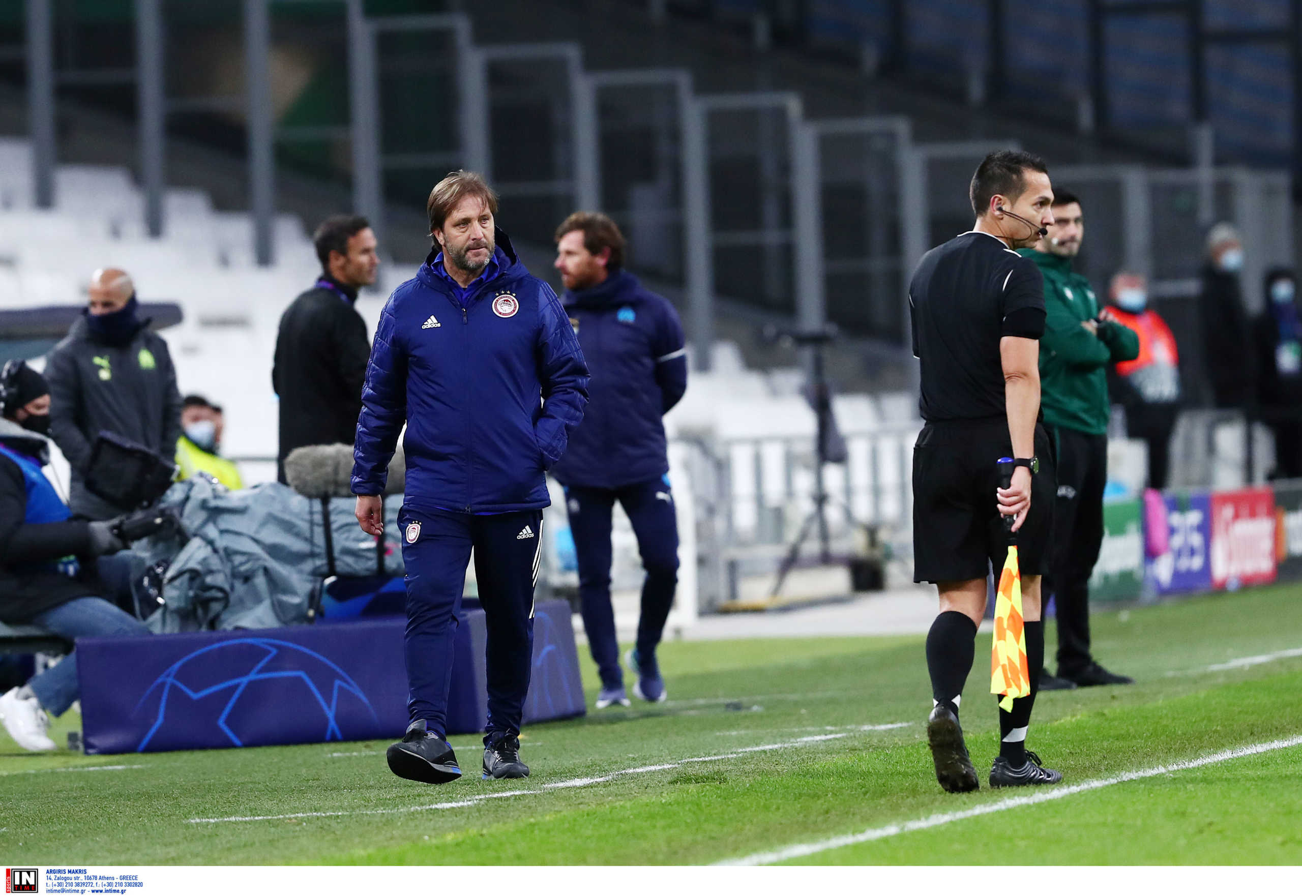 """Ολυμπιακός: Ενοχλημένος κι ο Μαρτίνς! """"Άσχημο να γίνονται αυτά στο Champions League"""" (video)"""
