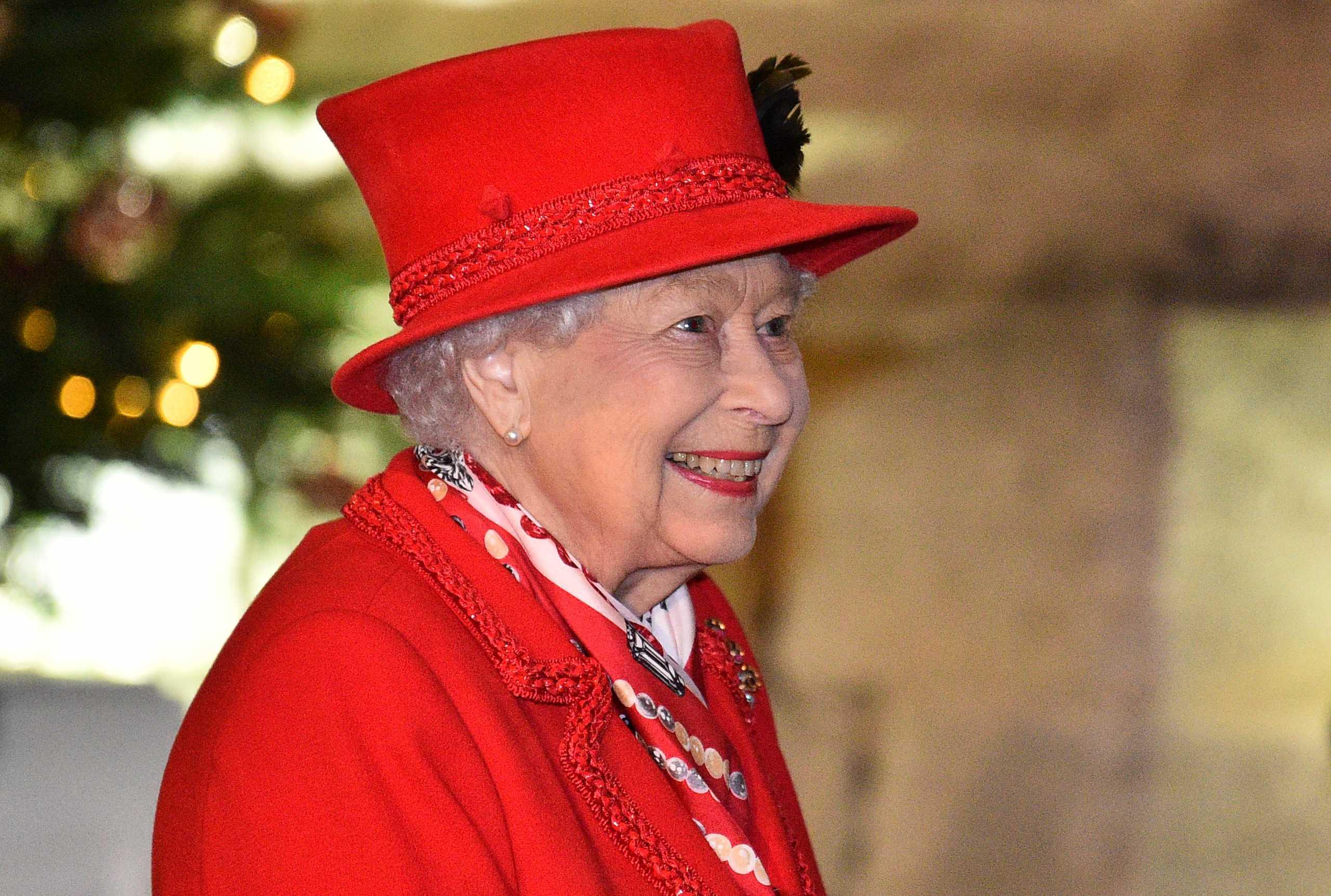 Βασίλισσα σε αναμονή λόγω Brexit: Καθυστερεί το Χριστουγεννιάτικο μήνυμα