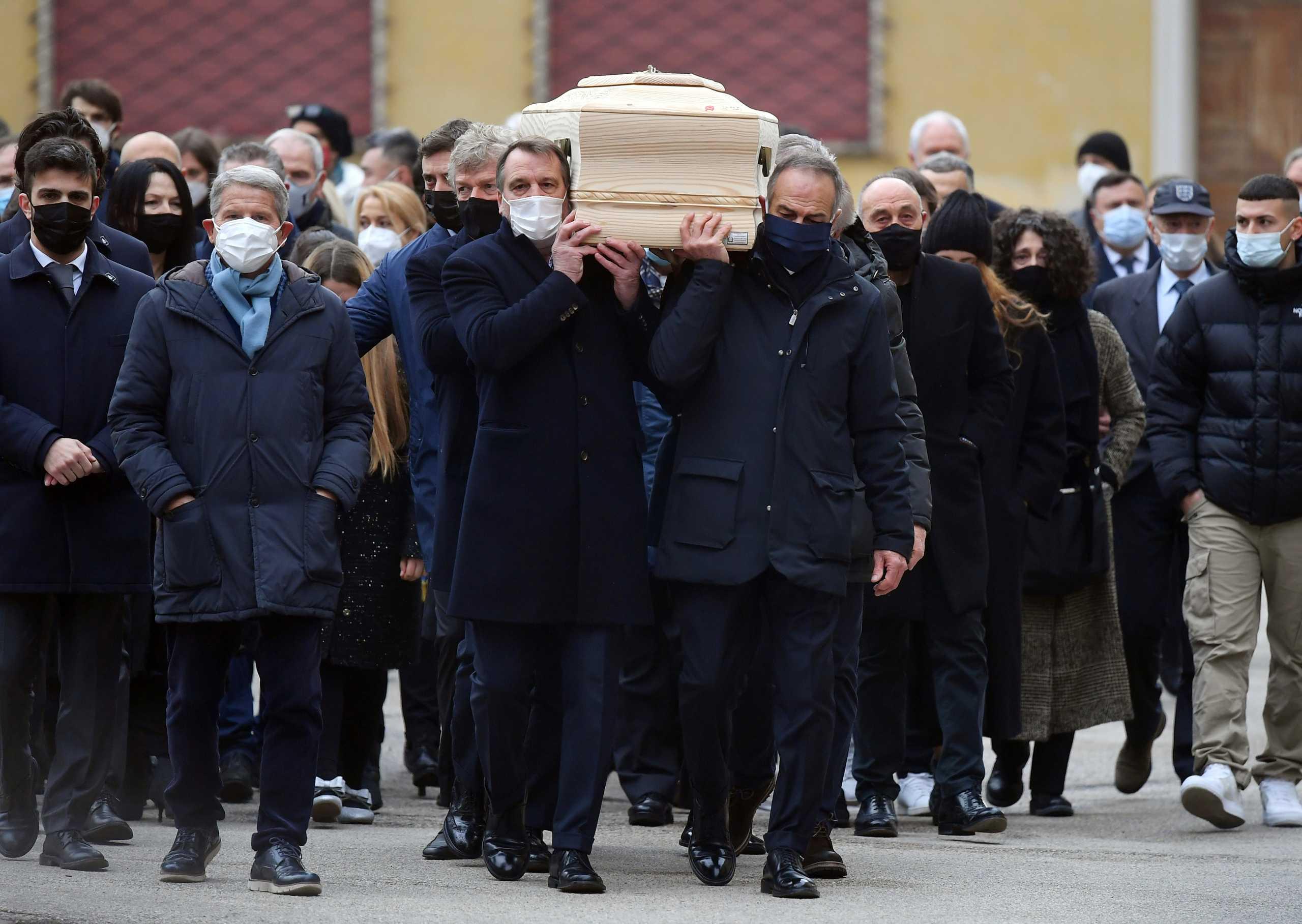 Ληστεία στο σπίτι του Πάολο Ρόσι την ώρα της κηδείας του
