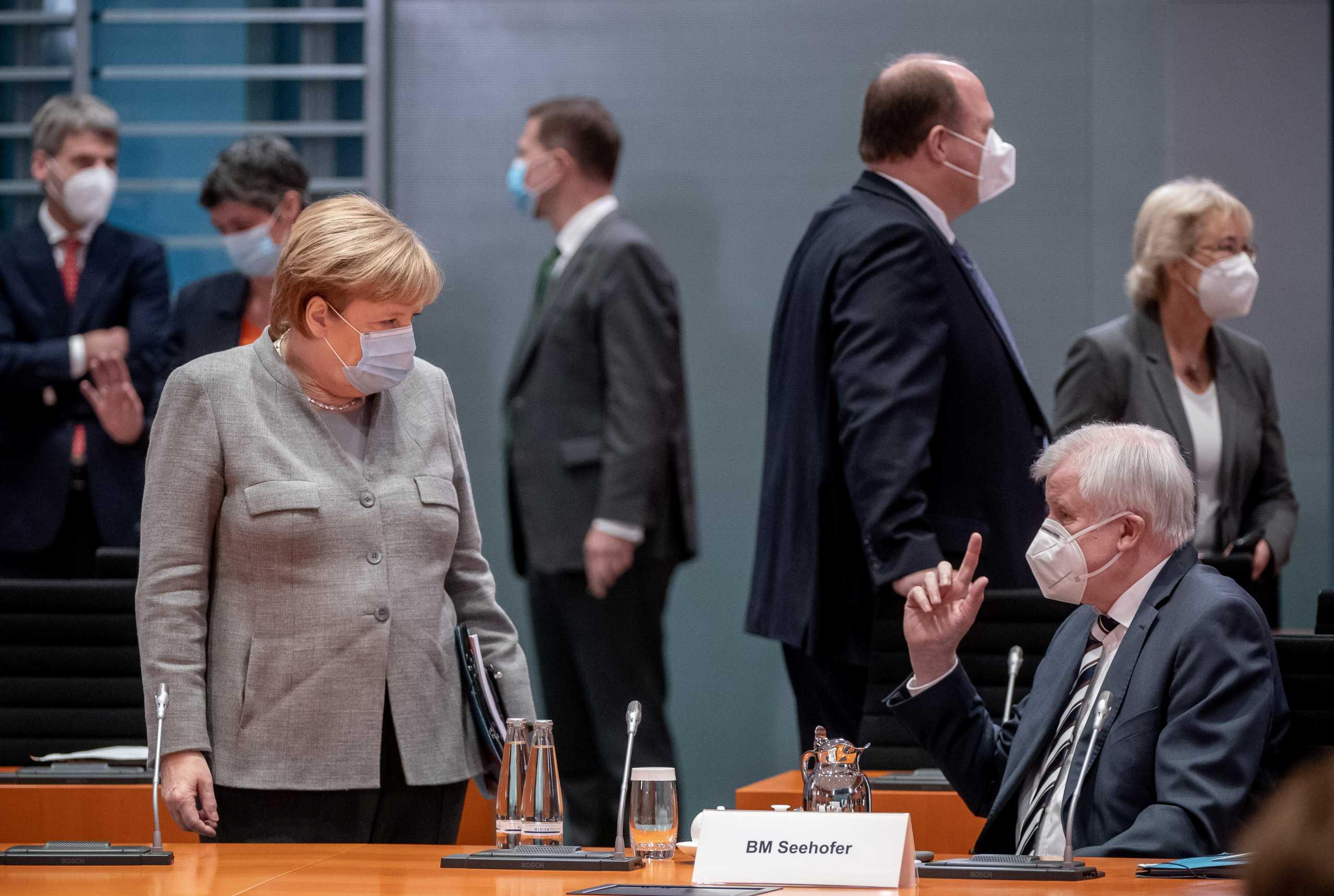 Γερμανία – Ζεεχόφερ: Χρειαζόμαστε άμεσα ένα σκληρό lockdown