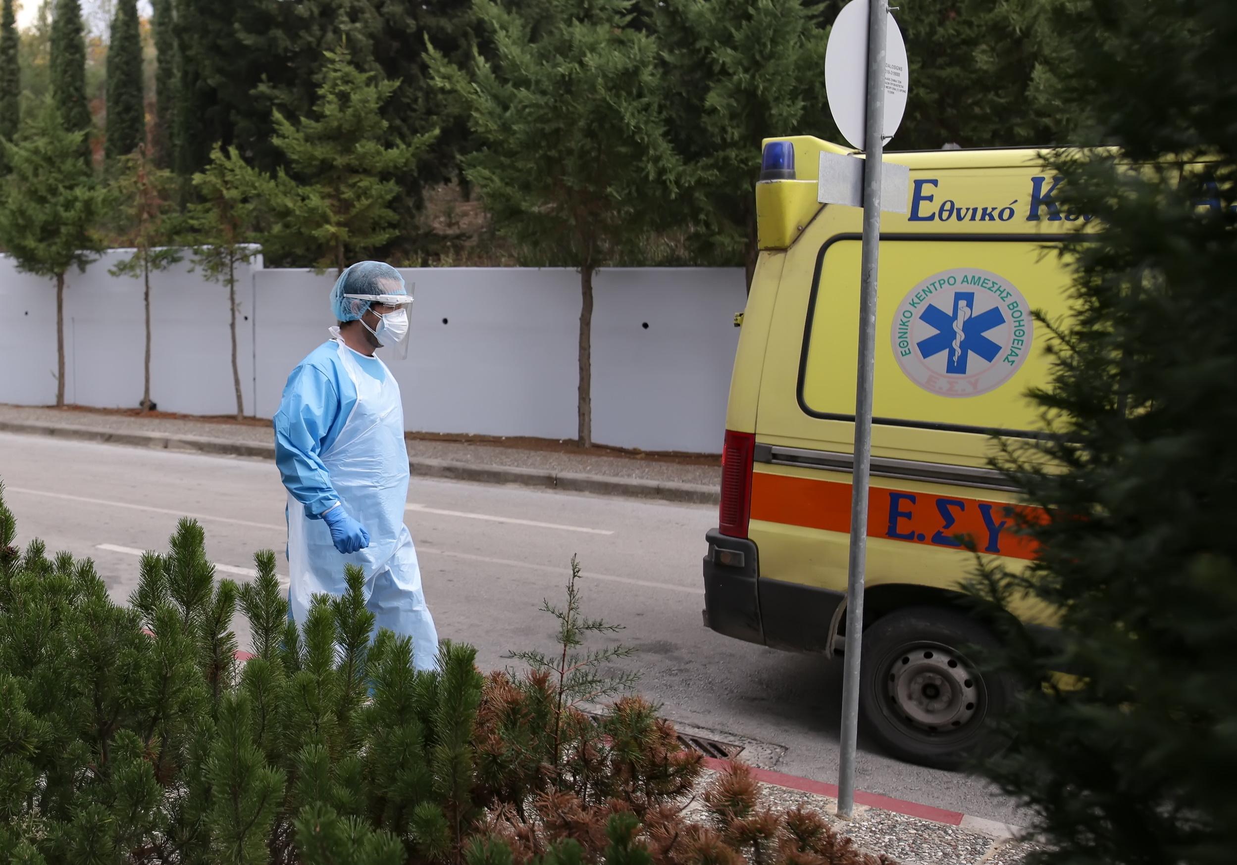Αγωνία για μωρό στη Θεσσαλονίκη που κατάπιε κάτι και του «έκοψε» την αναπνοή