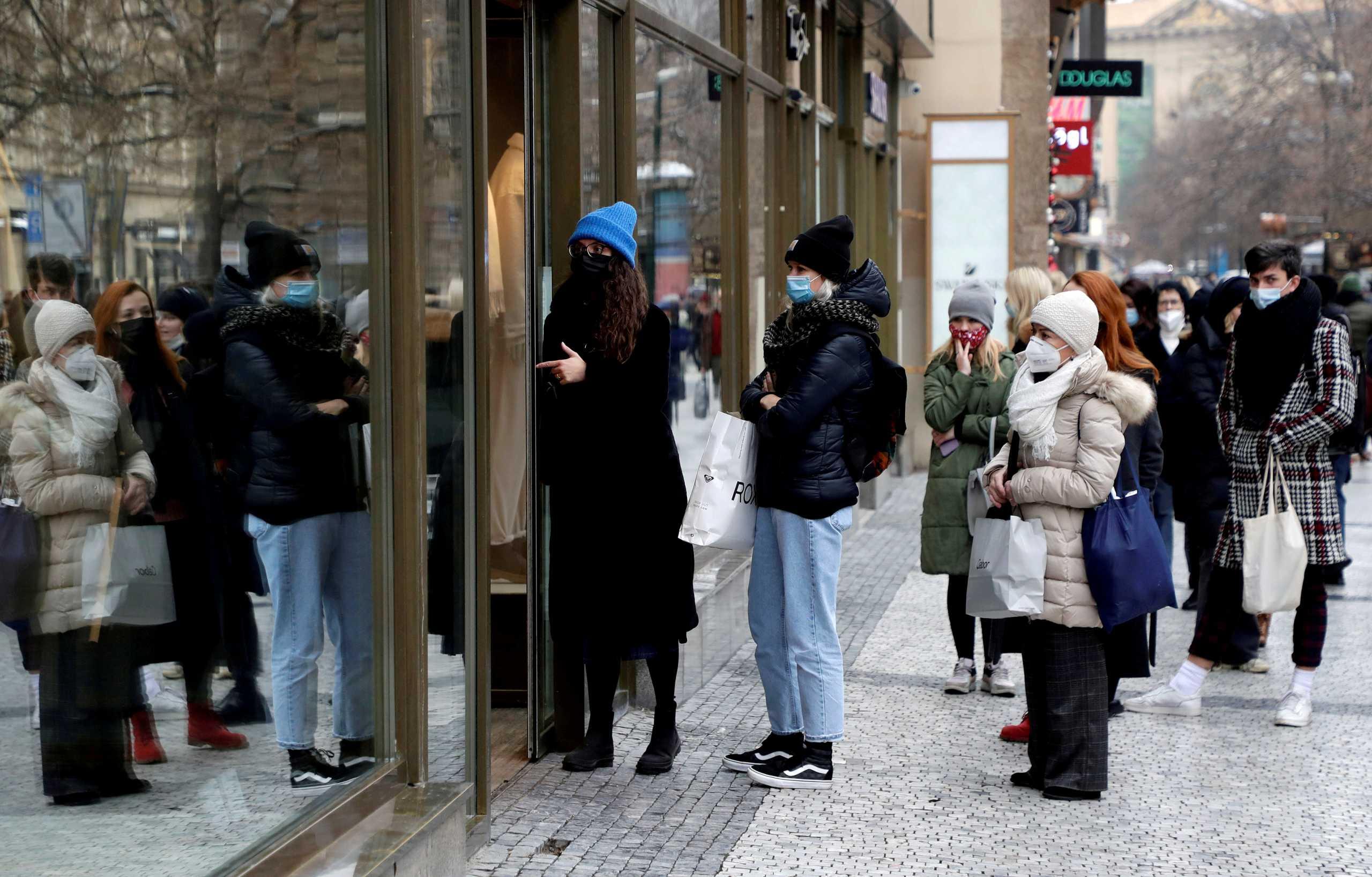 Κορονοϊός – Τσεχία: Ρεκόρ κρουσμάτων με 16.939 νέες μολύνσεις