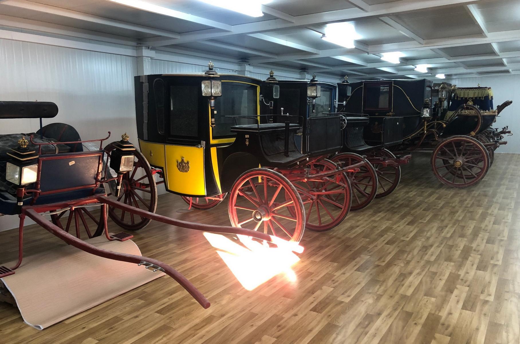 Τατόι: Εντυπωσιάζουν οι βασιλικές άμαξες που θα στεγαστούν σε νέο λαμπρό μουσείο (pics)
