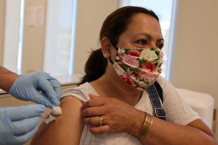 ΗΠΑ – CDC: Το διάστημα μεταξύ των δόσεων στους εμβολιασμούς μπορεί να παραταθεί