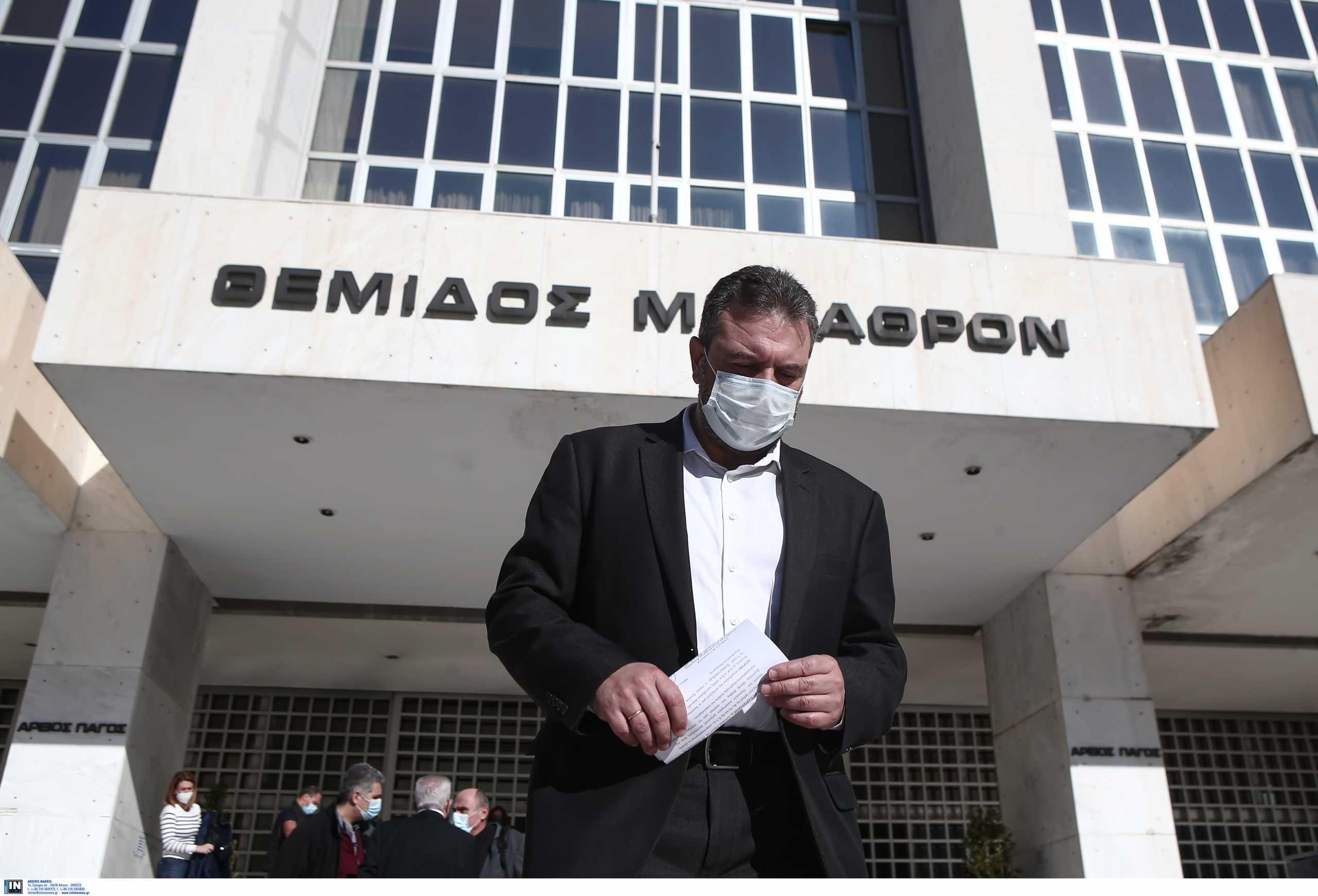 Άρση ασυλίας του Σταύρου Αραχωρίτη για τη Folli Follie απόντος του ΣΥΡΙΖΑ