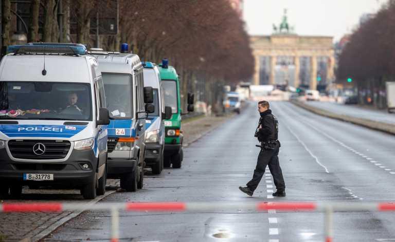 Γερμανία: 3.000 αστυνομικοί στο Βερολίνο για την τήρηση των μέτρων την Παραμονή Πρωτοχρονιάς.
