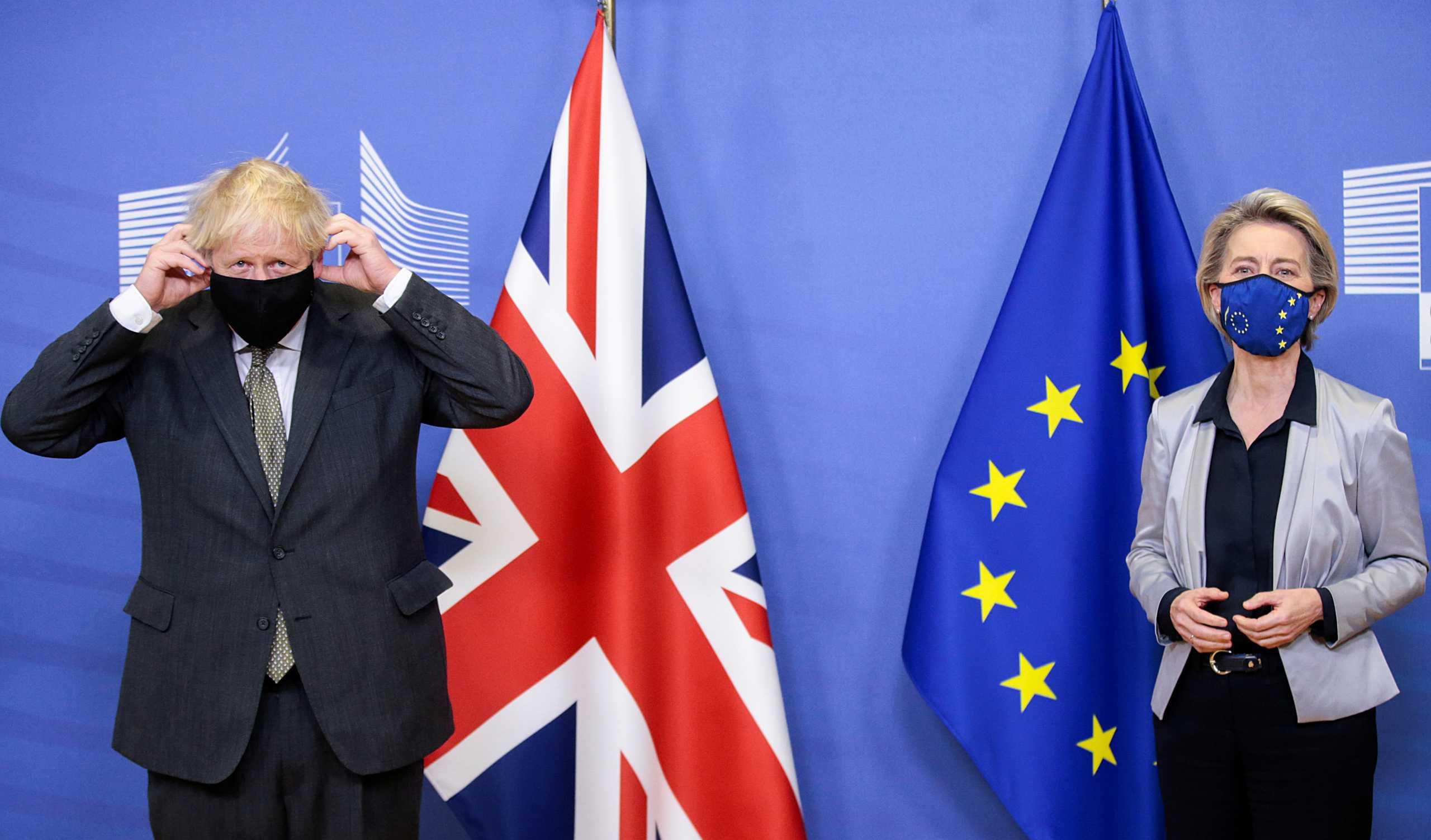 Αβέβαιη η εμπορική συμφωνία ανάμεσα σε Βρετανία και ΕΕ στο παρά 1′ του Brexit