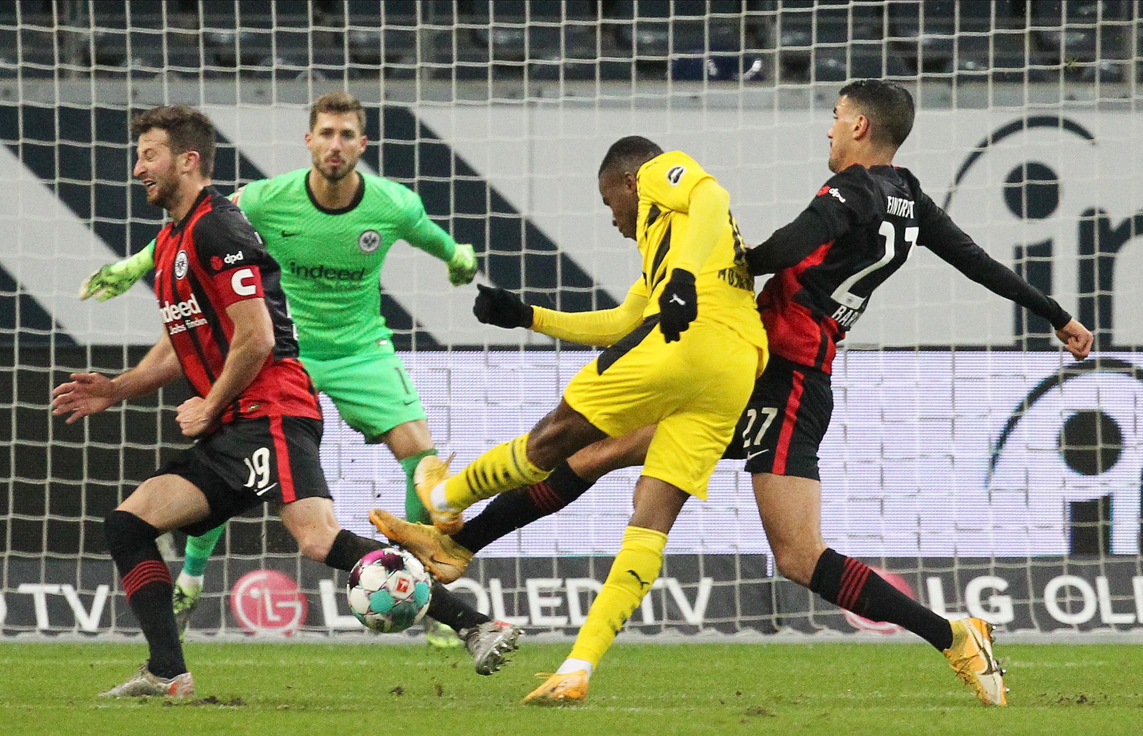 Bundesliga: Νέα απώλεια βαθμών για την Ντόρτμουντ! Γκέλα για την Γκλάντμπαχ (videos)