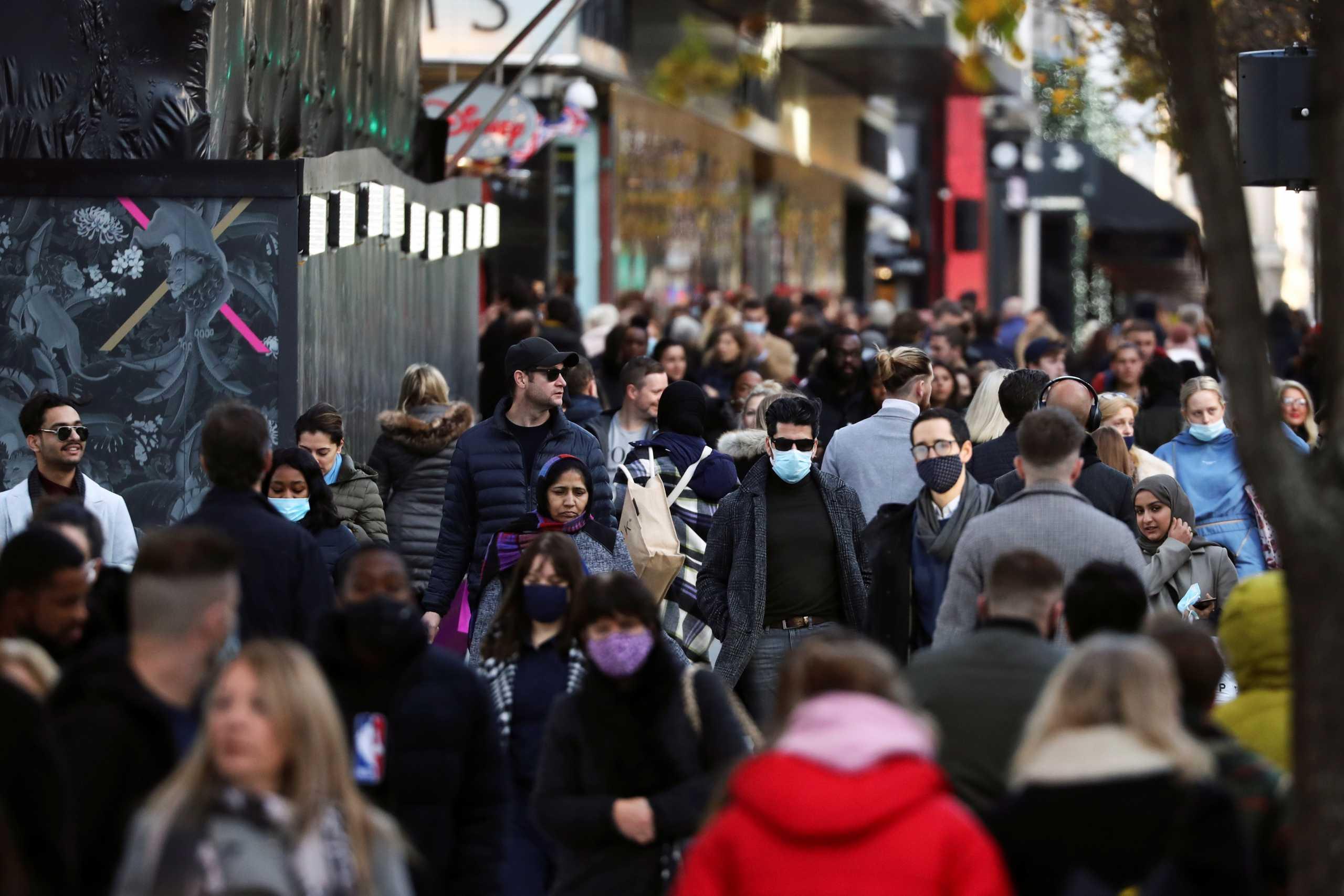 Βρετανία: 964 νεκροί και σχεδόν 56.000 κρούσματα κορονοϊού