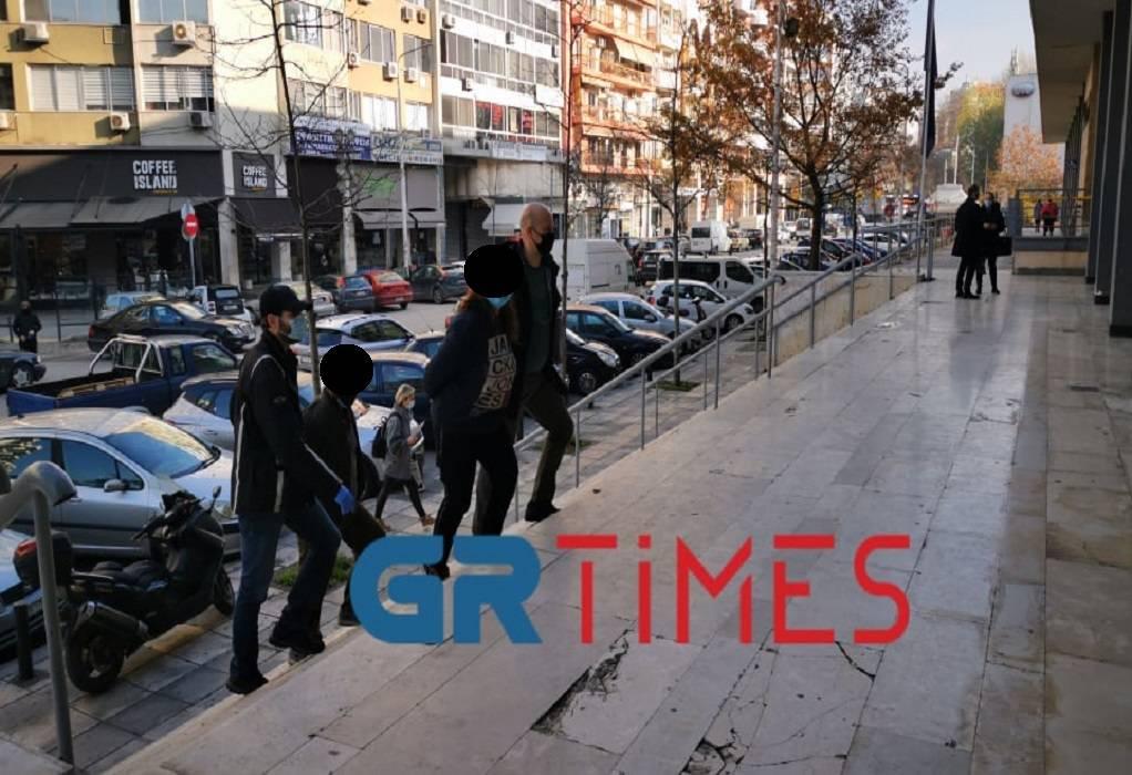 Θεσσαλονίκη: Προφυλακίστηκαν οι δύο ενήλικες για εμπλοκή στη δολοφονία του 87χρονου