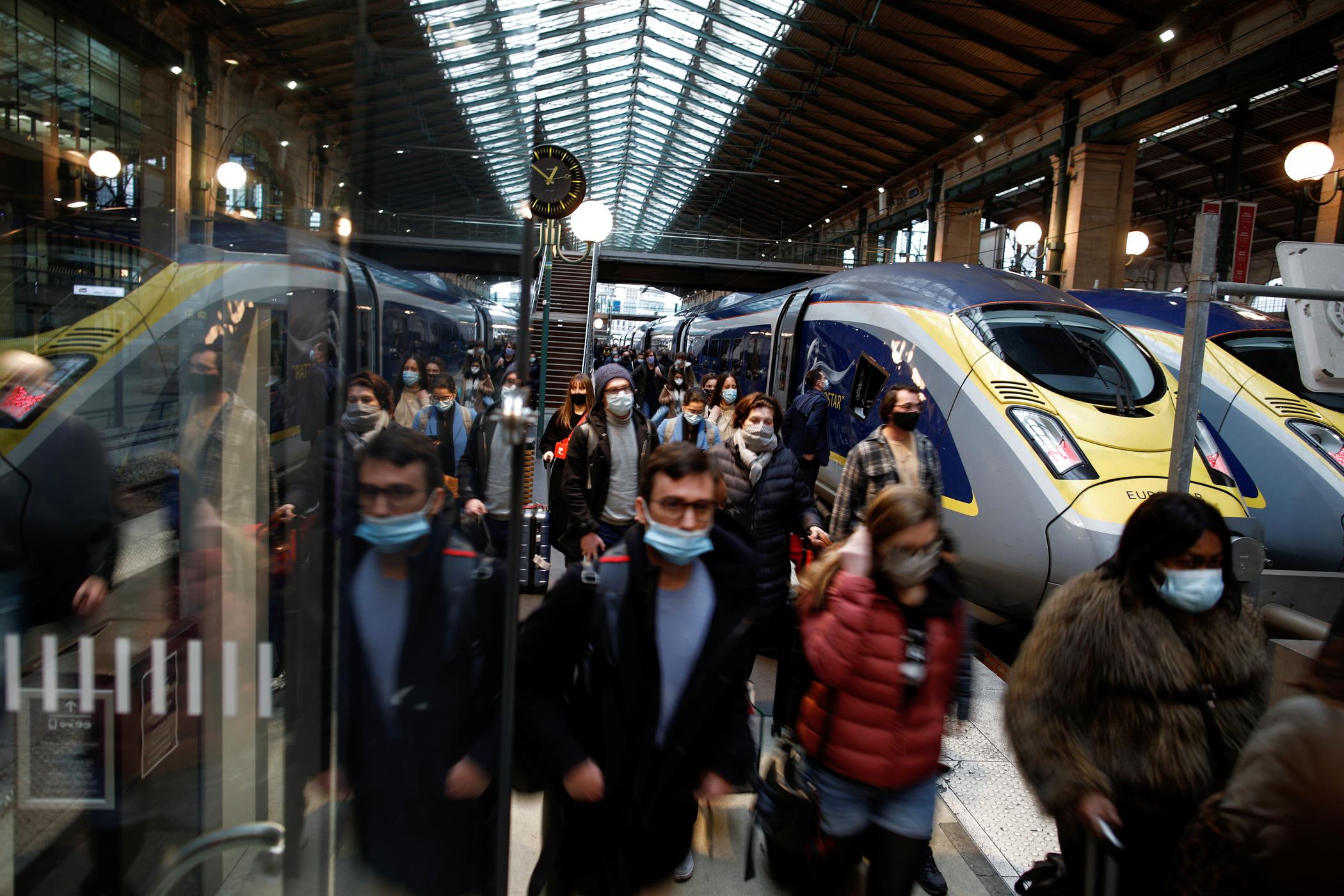 Γαλλία: Νέο lockdown αν αυξηθούν τα μεταλλαγμένα κρούσματα κορονοϊού