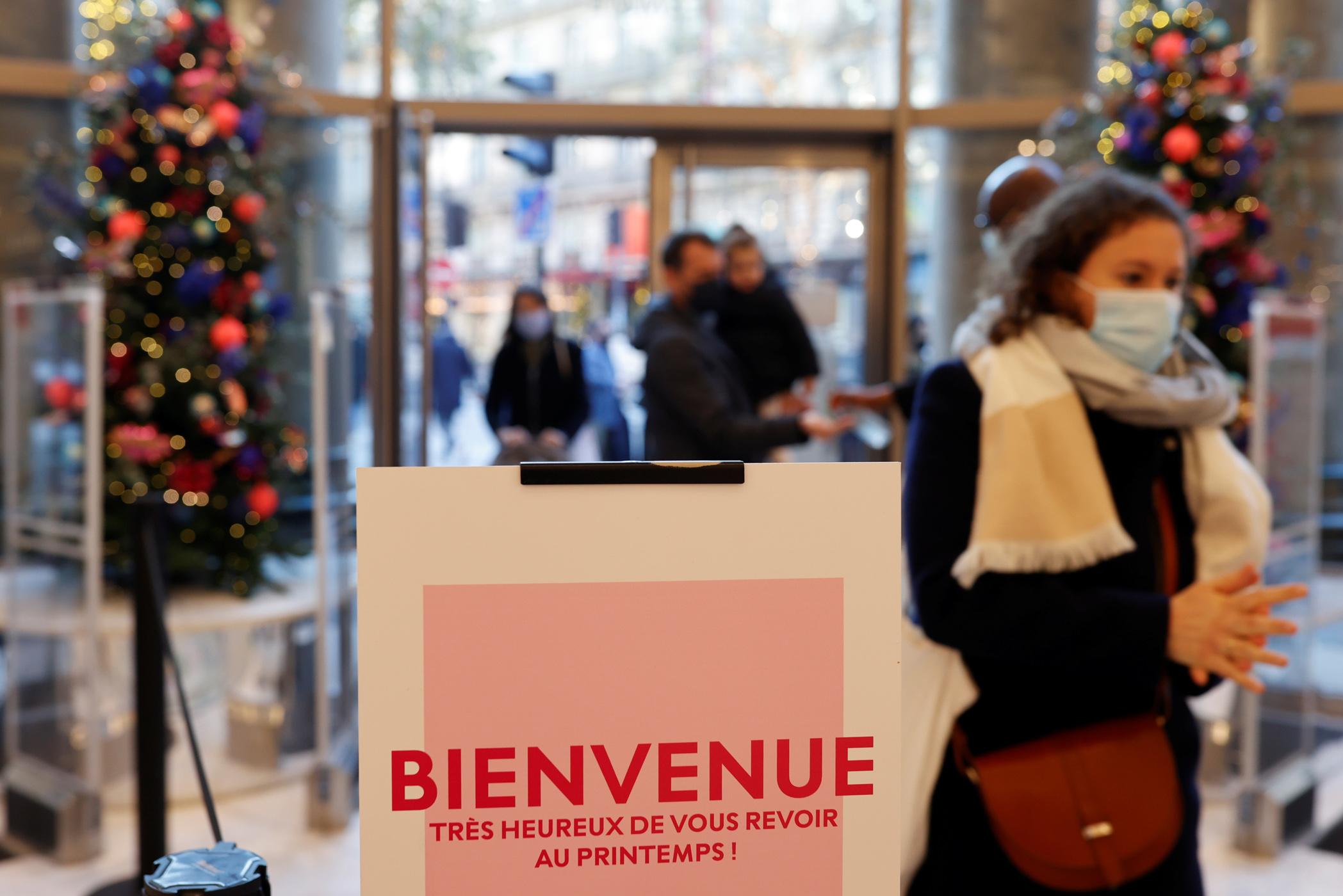 Γαλλία: «Δεν θα επιστρέψουμε στην κανονικότητα πριν το φθινόπωρο του 2021»