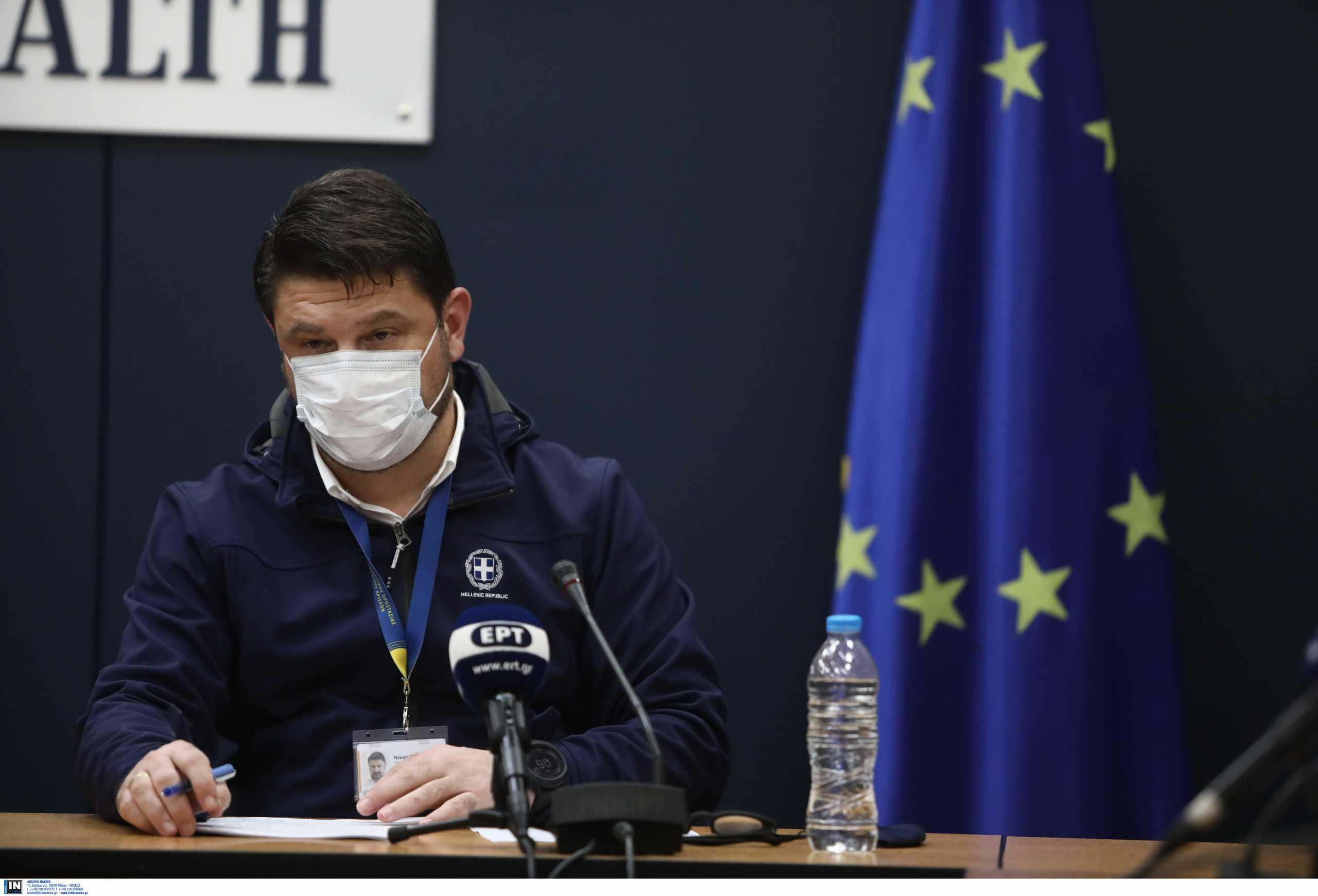 Κορονοϊός: Εμβολιάστηκε ο Νίκος Χαρδαλιάς