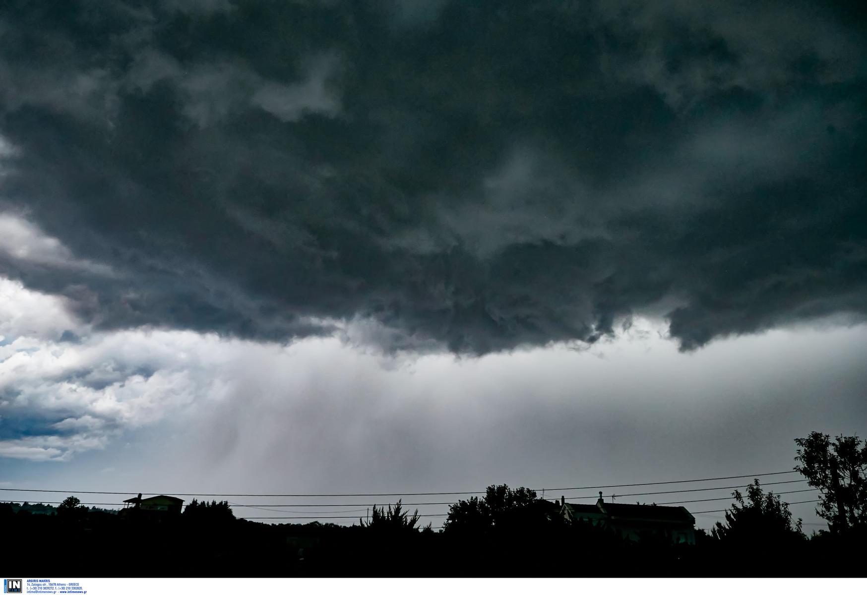 Καιρός: Έκτακτο δελτίο επιδείνωσης από την ΕΜΥ – Πού θα εκδηλωθούν ισχυρές καταιγίδες