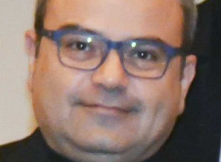 Κορονοϊός: Πέθανε ο Θανάσης Μάντζαρης – Η μεγάλη μάχη στην εντατική αποδείχθηκε άνιση