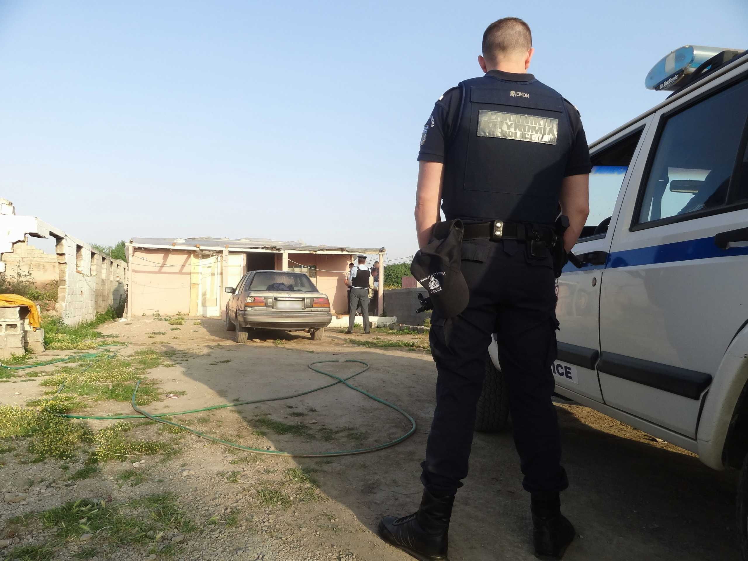 Μέγαρα: Πυροβολισμοί σε καταυλισμό Ρομά – 6 τραυματίες