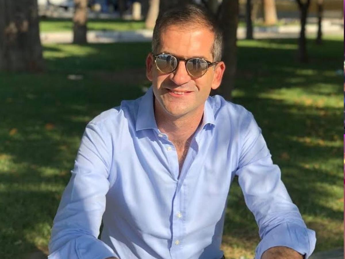 Κώστας Μπακογιάννης: Στιγμές χαλάρωσης για τον Δήμαρχο Αθηνών μαζί με τους γιους του!