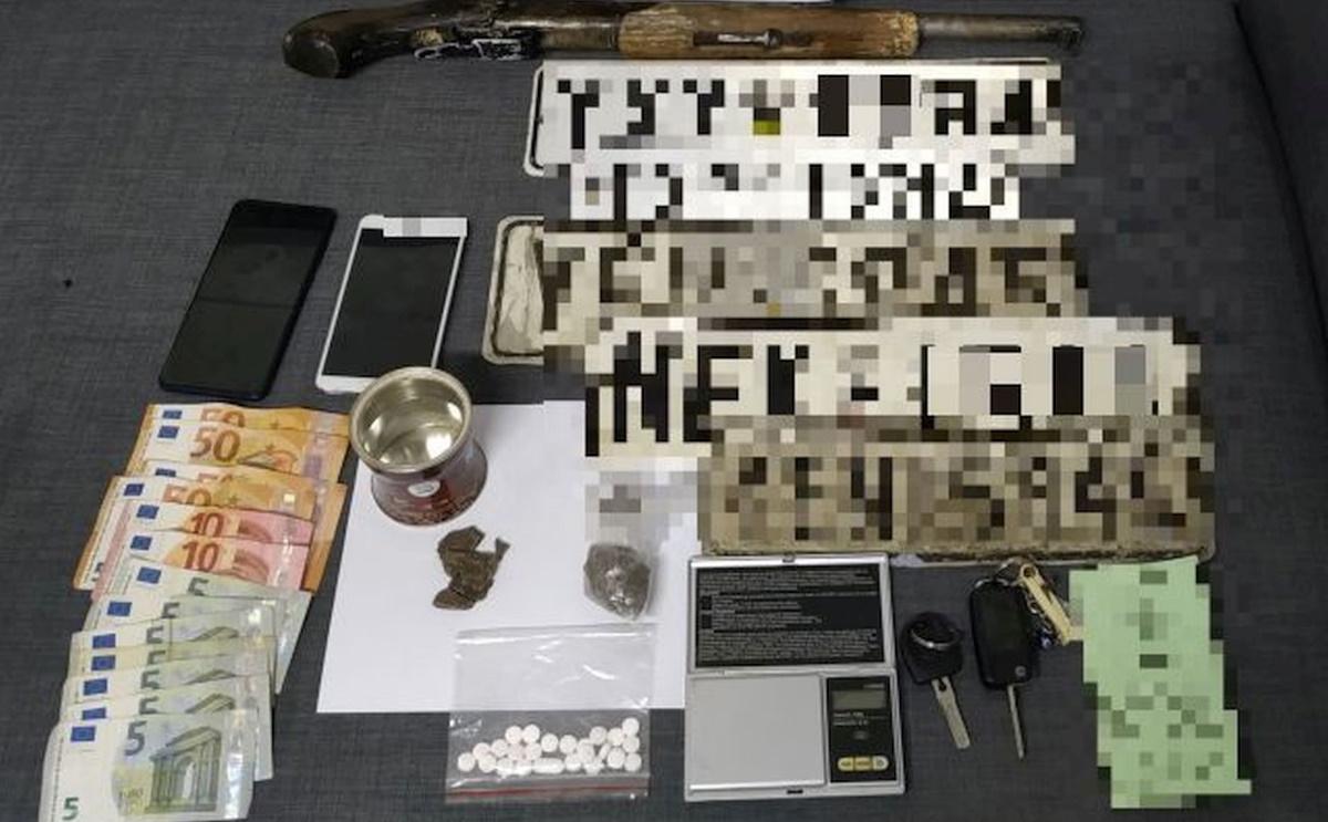 Συλλήψεις για διακίνηση ηρωίνης στον Ασπρόπυργο – Τι βρέθηκε στο σπίτι τους (pic)