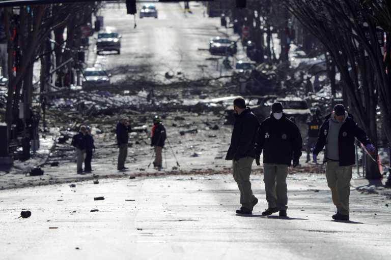 ΗΠΑ: Νεκρός ο 63χρονος ύποπτος για τη βομβιστική ενέργεια στη Νάσβιλ (pics, vid)