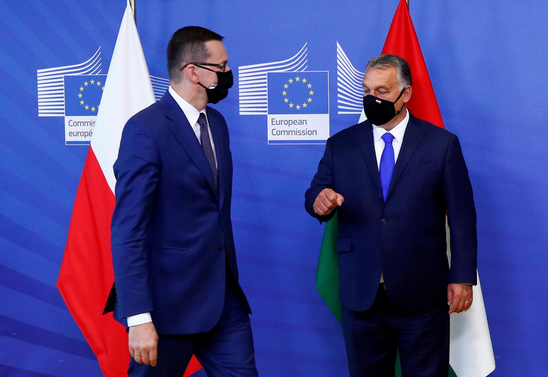 Σύνοδος Κορυφής: Πανηγύρια από Ουγγαρία και Πολωνία μετά το συμβιβασμό για το ταμείο ανασυγκρότησης