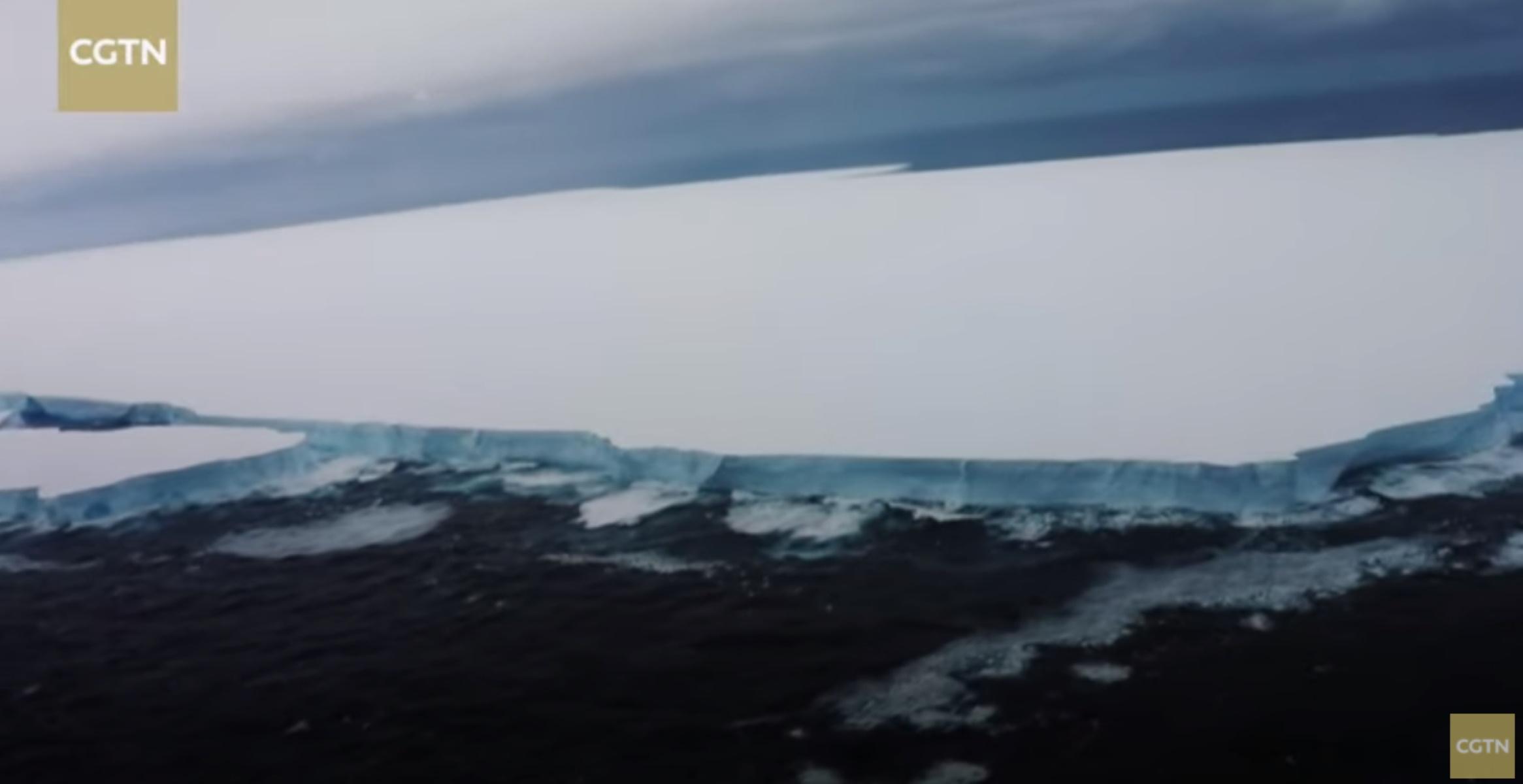 Γιγαντιαίο παγόβουνο απειλεί το νησί των πιγκουίνων – Φόβοι για καταστροφική σύγκρουση