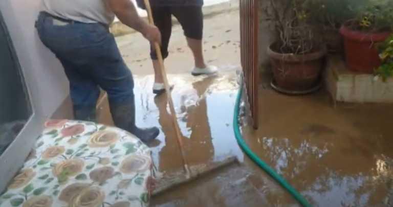 Πάτρα: Νέες εικόνες από τις ζημιές στα σπίτια – Γέμισαν λάσπες (video)
