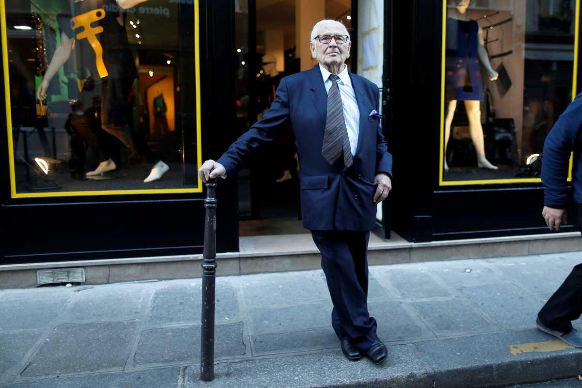 Pierre Cardin: Από την απαξίωση στην αποθέωση – Ο άνθρωπος που άλλαξε το αλφάβητο της μόδας