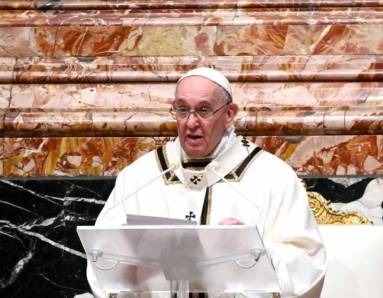 Πάπας Φραγκίσκος: Υπέρ της προσωρινής παύσης της πνευματικής ιδιοκτησίας για τα εμβόλια κορονοϊού
