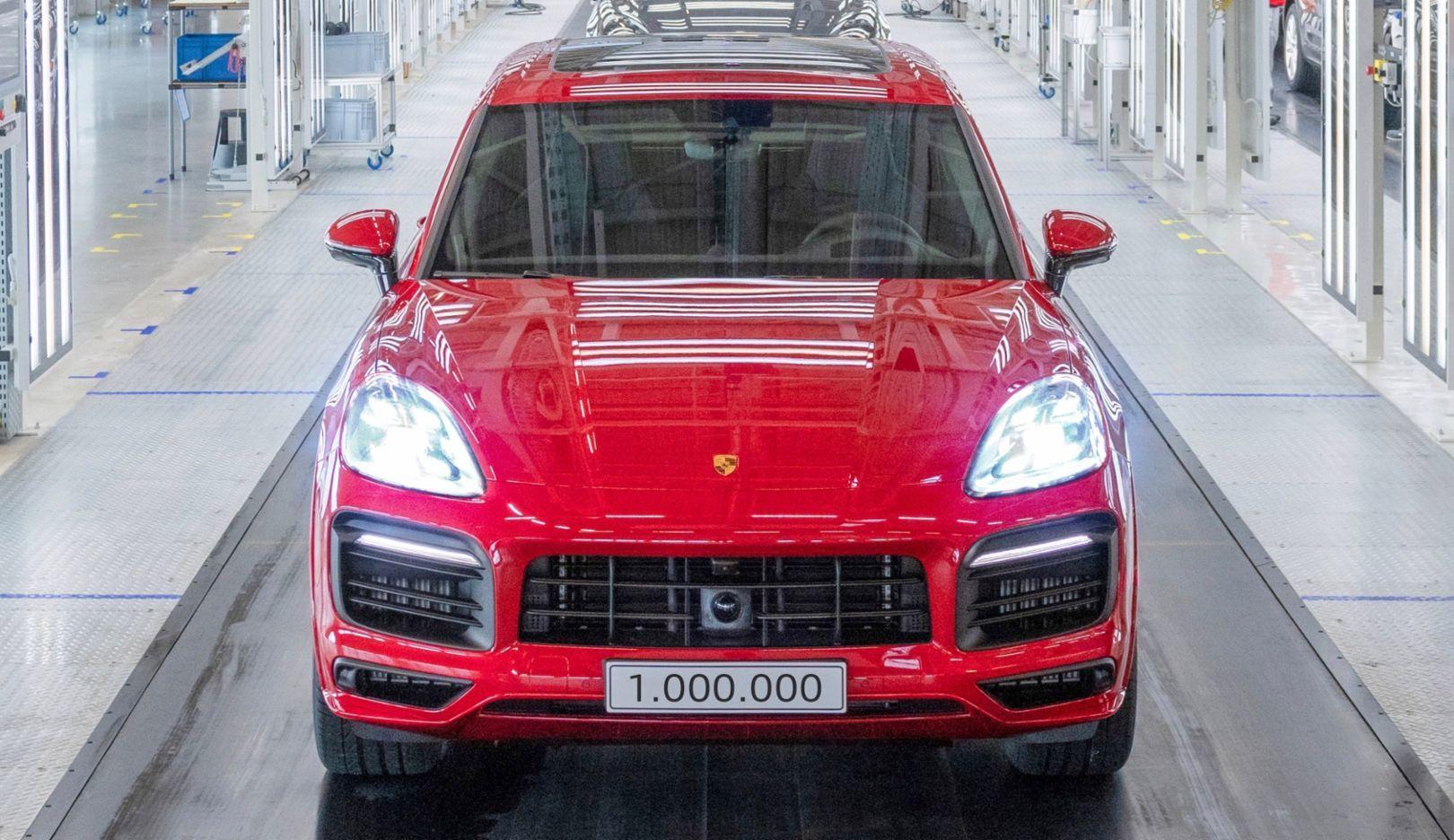 Cayenne: Το μοντέλο που έσωσε την Porsche από την πτώχευση [pics]