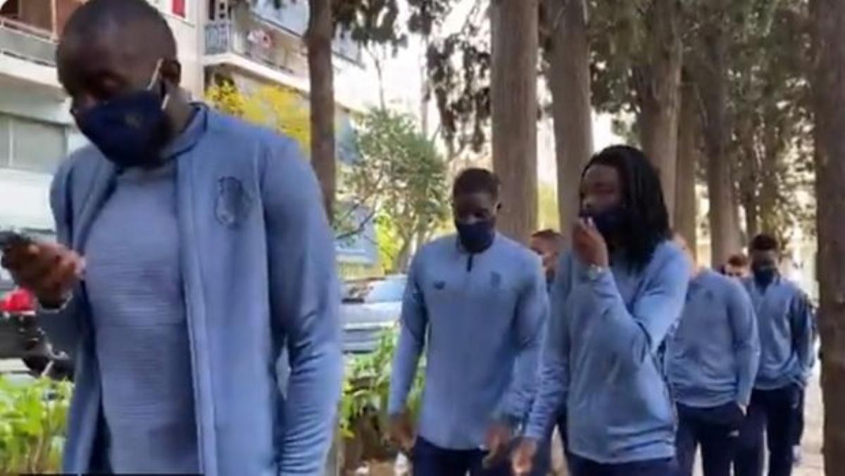 Ολυμπιακός – Πόρτο: Η πρωινή βόλτα των Πορτογάλων στην Αθήνα (video)