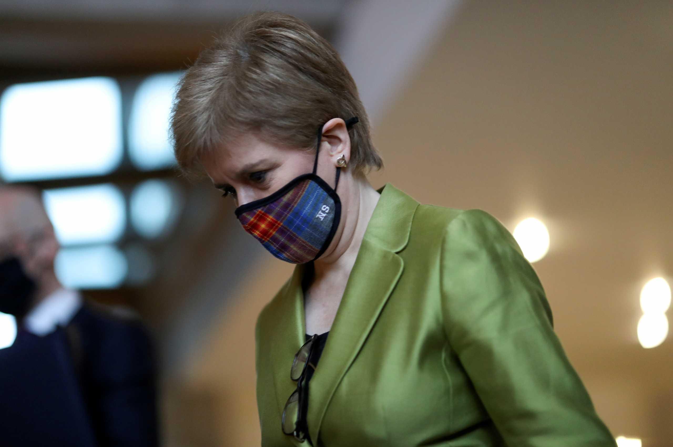 Να ανεξαρτητοποιηθεί και να μπει στην ΕΕ η Σκωτία λέει η πρωθυπουργός της