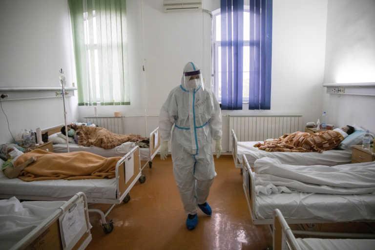 Κορονοϊός: Νέο αρνητικό ρεκόρ κρουσμάτων στη Σερβία