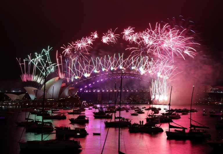 Καλώς ήρθες 2021 – Ο πλανήτης άρχισε να υποδέχεται τον νέο χρόνο