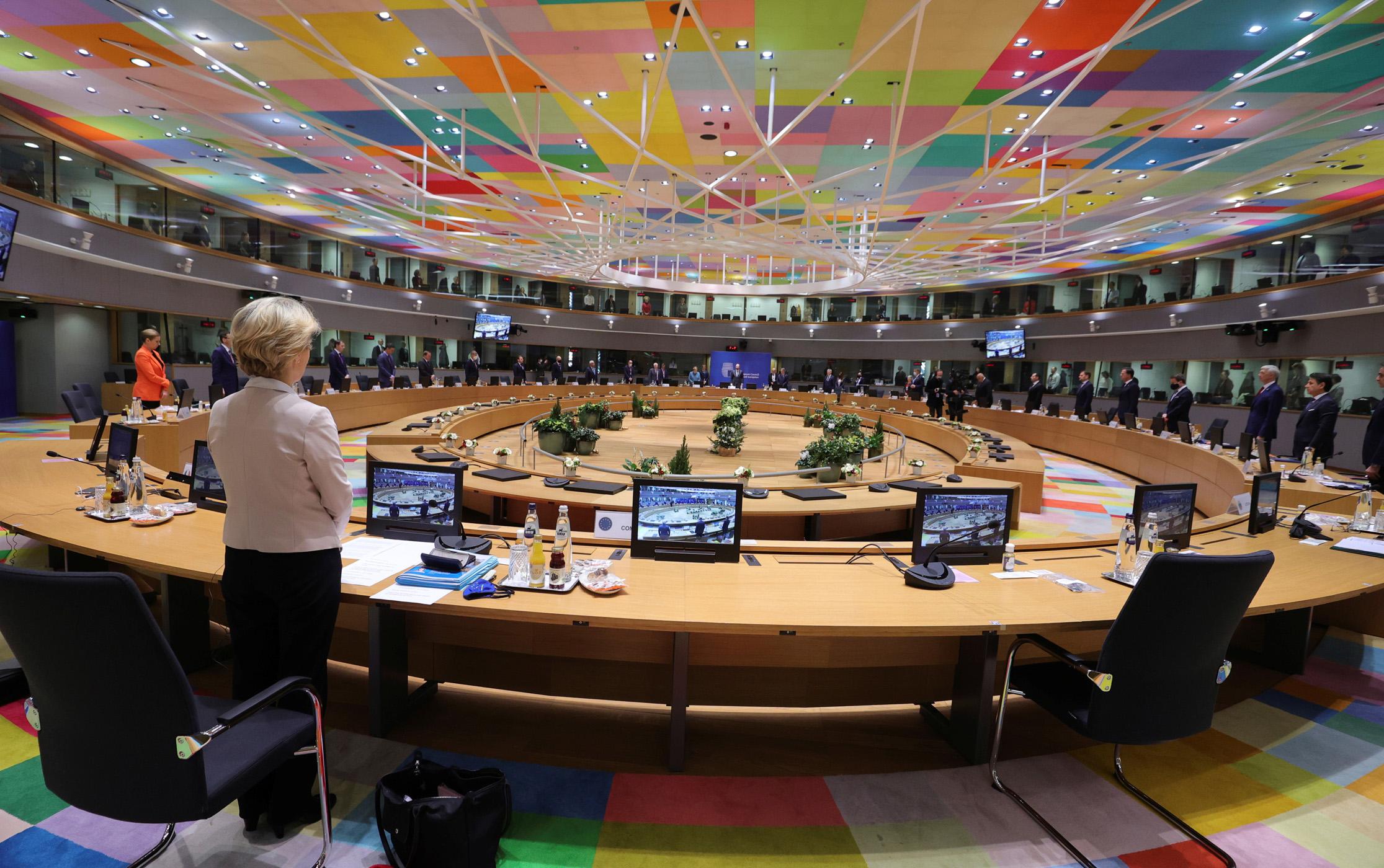 Σύνοδος Κορυφής: Νύχτα «θρίλερ» στις Βρυξέλλες – Ποιες χώρες είναι υπέρ και ποιες κατά των κυρώσεων στην Τουρκία
