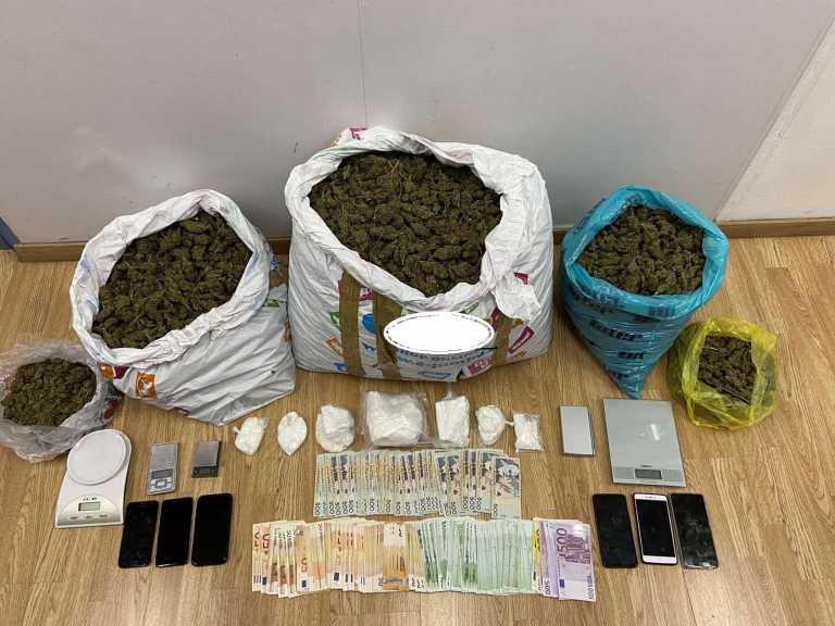 Διακινούσαν κοκαΐνη και κάνναβη σε όλη την Αττική - Τρεις συλλήψεις