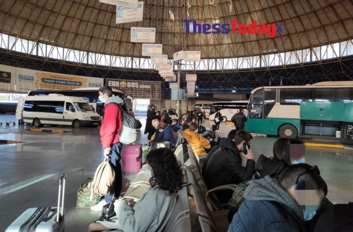 Χαμός στα ΚΤΕΛ Θεσσαλονίκης: Φεύγουν για πρωτοχρονιά (pics)