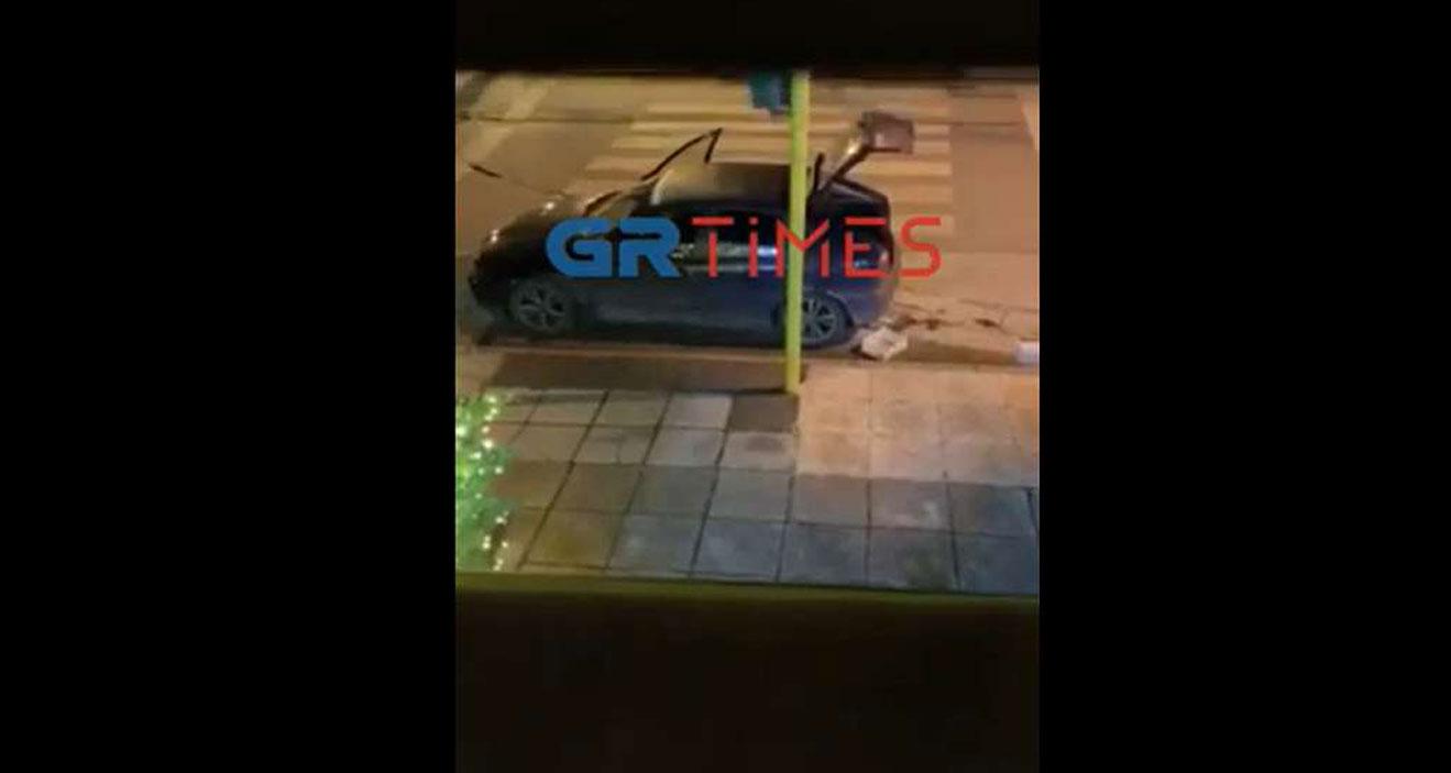 Θεσσαλονίκη: Με κουβάδες «σήκωσαν» μαγαζί σε 66 δευτερόλεπτα – Βίντεο ντοκουμέντο
