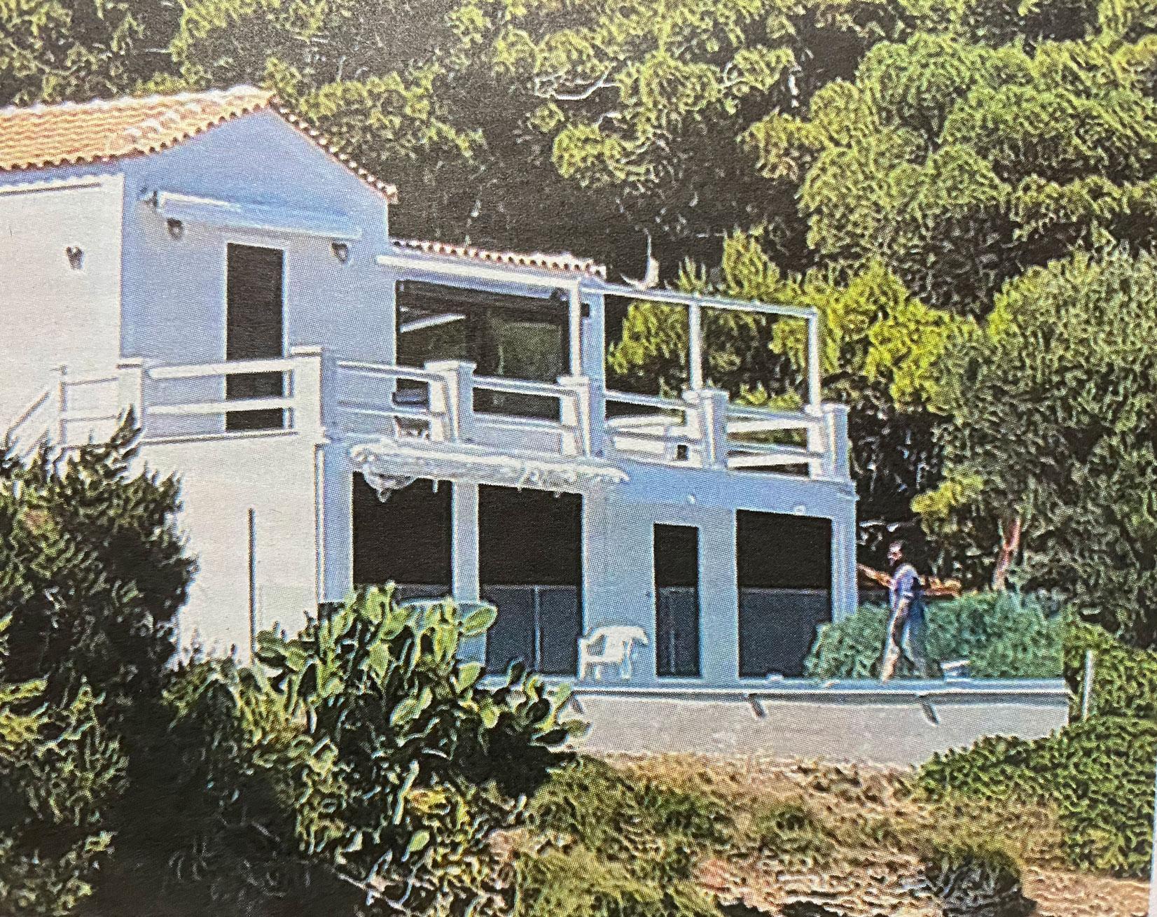 ΝΔ για το σπίτι Τσίπρα στο Σούνιο: Αυτές κι αν είναι ευκαιρίες!